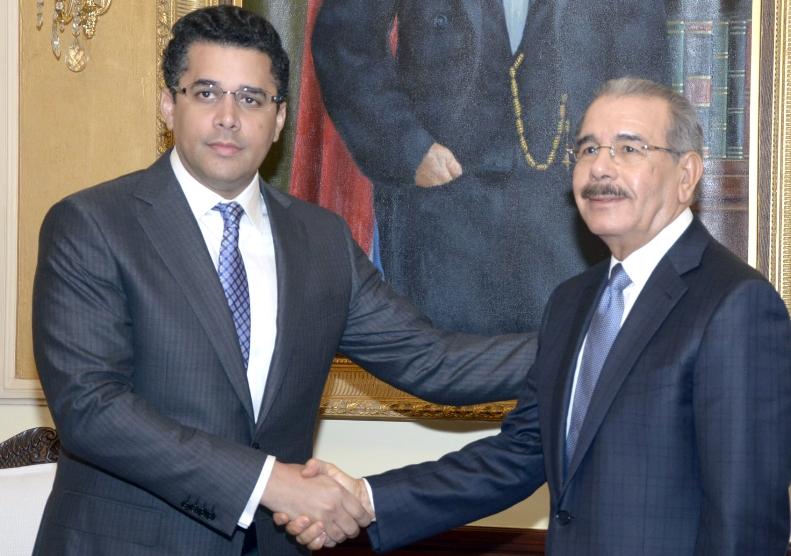 David Collado,aldcalde del distrito nacional,visito al presidente Danilo Medina,en su despacho del palacio nacional/foto Jose de Leon